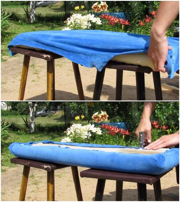 Обивочная ткань закрепляется на деревянной основе с помощью мебельного степлера.