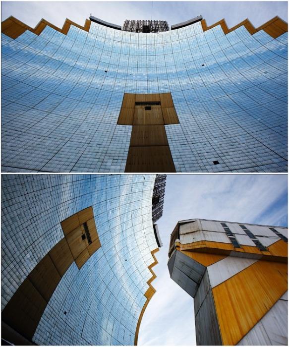 В центре параболического концентратора, на уровне 6 этажа, находится пирометрическая лаборатория, которая и управляет всеми процессами во время плавки (Гелиокомплекс «Солнце», Узбекистан). | Фото: victorborisov.livejournal.com.