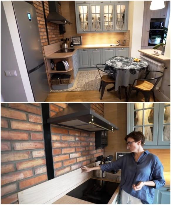 Кухня в квартире Ольги имеет открытую планировку. | Фото: youtube.com/ INMYROOM TV.