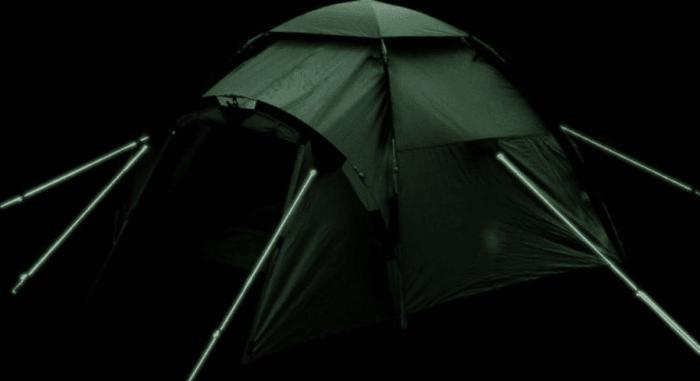 Светоотражающие полоски и материал, который накапливает солнечную энергию делают веревки видимыми в темноте («Handy Glow In The Dark»). | Фото: totallythebomb.com.