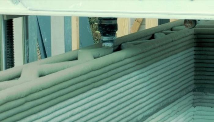 Принтер Vulcan может напечатать монолитную конструкцию дома на нужном месте и в любую погоду.