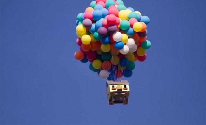 Не стоит думать, что дом действительно взлетит, но воздушная подушка у него все-таки есть. | Фото: facepla.net.