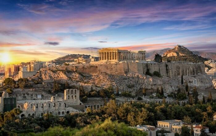 Храм Парфенон расположен на месте более древнего храма, посвященного Афине (Греция). | Фото: architectureguru.ru.