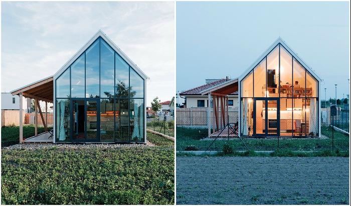Стеклянный фасад со стороны заднего двора преобразил домик до неузнаваемости (IST, Словакия).
