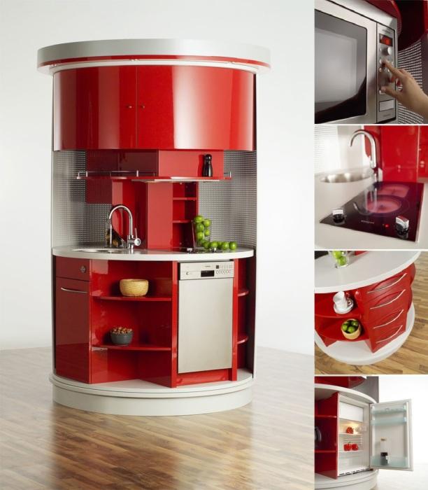 Многофункциональная крошечная кухня-шкаф станет идеальным гарнитуром и для маленькой квартиры и для офиса. | Фото: archidea.com.ua.