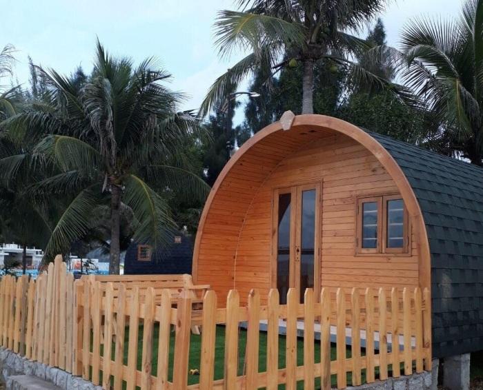 Такие дома могут быть разной комплектации, но сделаны они только с экологически чистых натуральных материалов. | Фото: facebook.com.