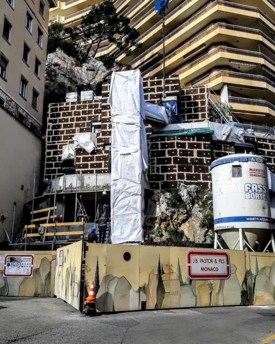 Уникальные кадры строительства особняка в скале («Villa Troglodyte», Монако). | Фото: picpanzee.com.