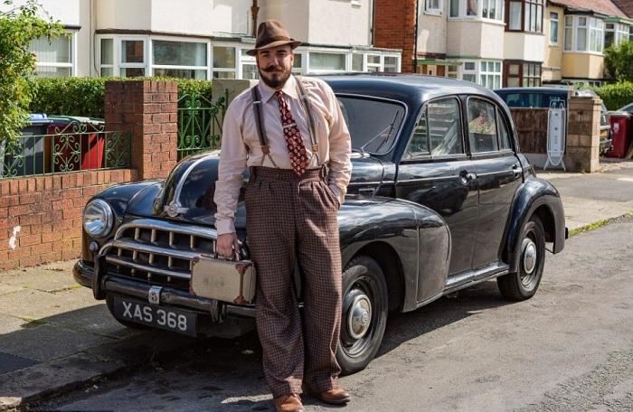Аарон Уайтсайд ездит на автомобиле марки Morris Oxford 1952 года выпуска. | Фото: bigpicture.ru.