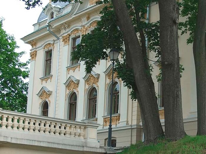 Резиденция доктора Кэмпа из к/ф «Человек-невидимка» (Рига, Латвия). | Фото: rubaltic.ru.