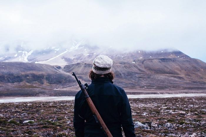 На прогулку можно идти только с ружьем (Лонгйир, Норвегия).