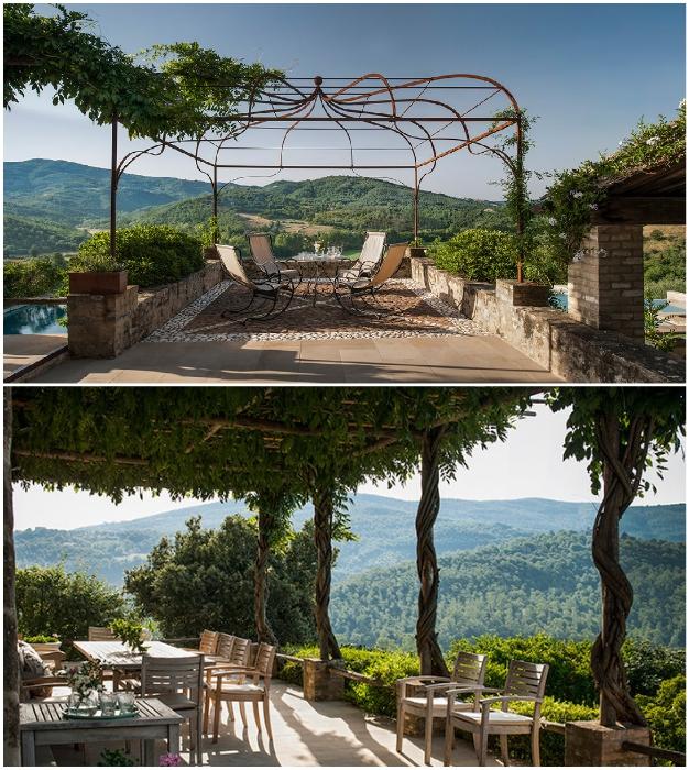 Возле каждой резиденции обустроены террасы с зоной отдыха, откуда открывается восхитительный вид на живописные окрестности (Castello Di Reschio, Италия).