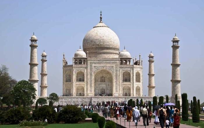 Тадж-Махал является главной достопримечательностью Индии и достоянием всего человечества (мавзолей Тадж-Махал, Индия). | Фото: informburo.kz.