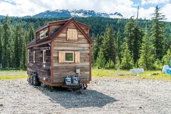 Для приготовления пищи используют сжиженный газ (Tiny House Giant). | Фото: businessinsider.com.