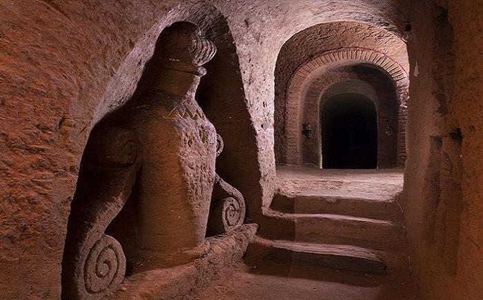 Необыкновенное величие коридоров.