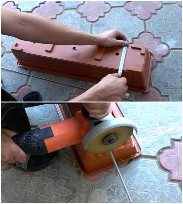 Перекладины под ящики отрезаются от резьбовой шпильки и длина их должна немного превышать ширину дна.