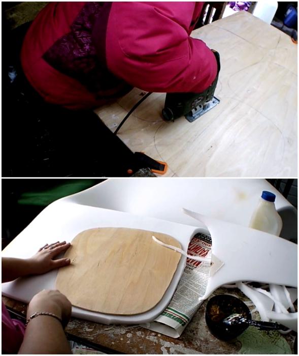 Поврежденные сиденья можно вырезать из толстой фанеры и обить полоном.