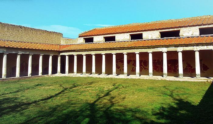 Так выглядела вилла, которую построили еще древние римляне (Италия). | Фото: viralbandit.com.