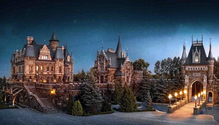 Общая площадь отеля составляет 1800 кв. м., а бассейна и аквакомплекса – 1500 кв. м. («Замок Гарибальди», с. Хрящевка). | Фото: businessman.ru.