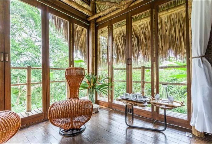 Прекрасная гостиная позволит любоваться живописной природой (Колумбия).