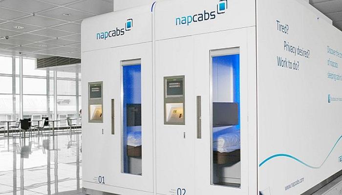 Капсулы модели NapCabs в аэропорту Берлин-Тегель (Германия).