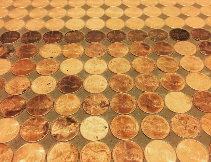 Самой старой оказалась монета 1910 г. выпуска. | Фото: wsbuzz.com.