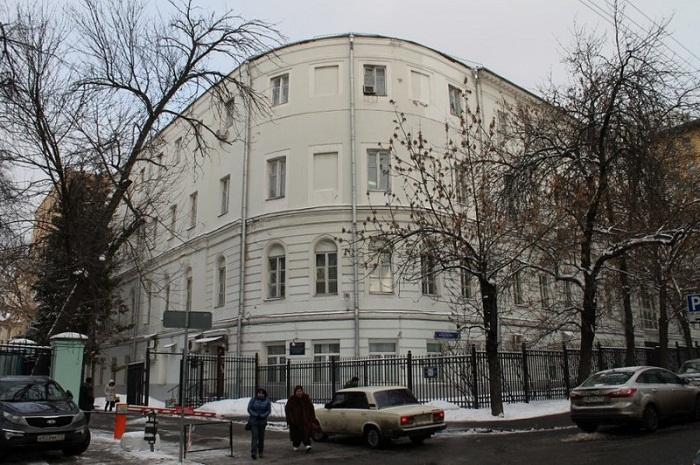 Теперь эта больница называется – ГБУЗ «ГКБ им. С.П. Боткина ДЗ г. Москвы», филиал № 1 «Офтальмологический стационар». | Фото: popmech.ru.