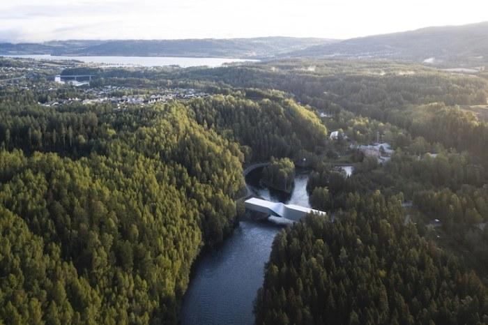 В Норвегии открылся витой мост Twist, который одновременно является и скульптурой, и музеем. | Фото: mymodernmet.com.