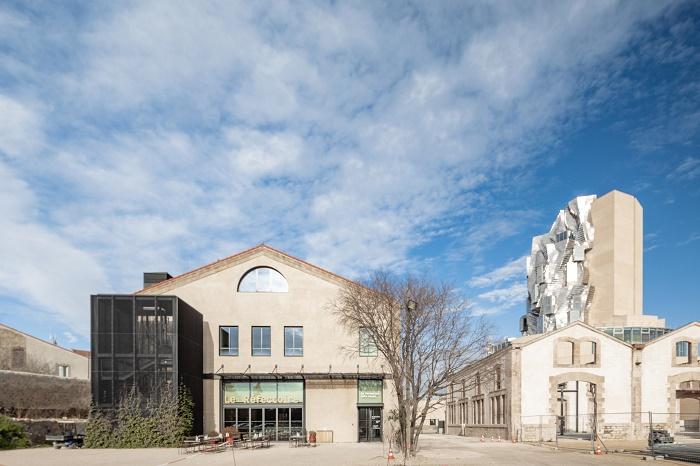 Уже к лету состоится торжественная церемония открытия Центра искусств (Luma Arles, Франция). | Фото: dezeen.com.