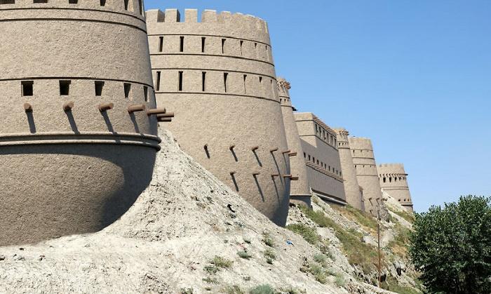 Цитадель Газни – самая впечатляющая крепость в Афганистане. | Фото: boredpanda.com.