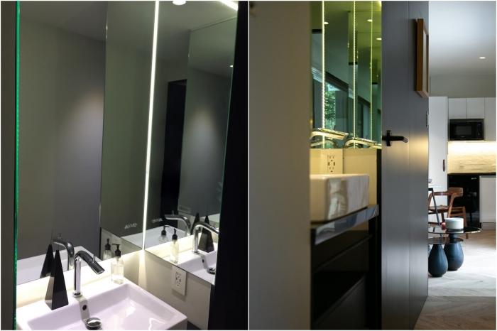 Чтобы было больше места в ванной комнате рукомойник вынесли в проход между гостиной и спальней (VMD). | Фото: archdaily.com/ © Helioz Studio.