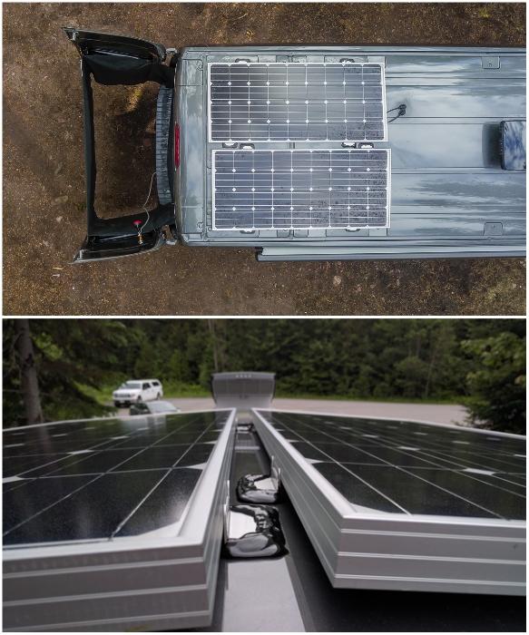 На крыше автомобиля установили 2 солнечные батареи. | Фото: faroutride.com.
