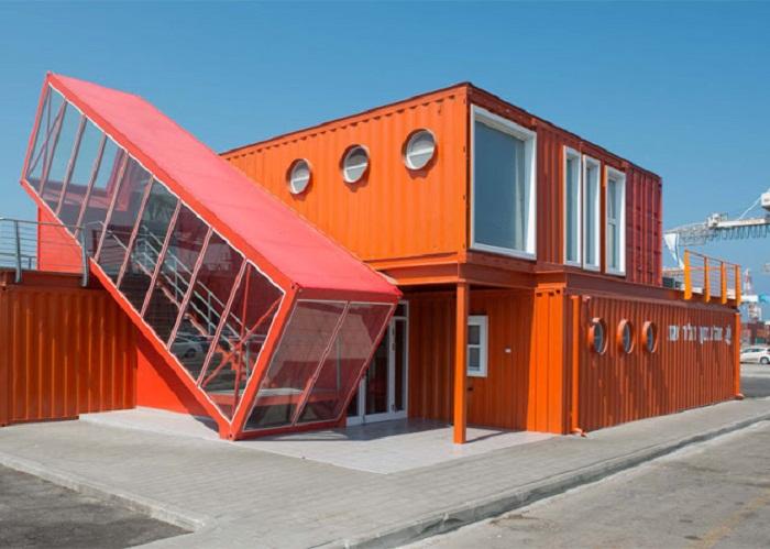 Офис в Тель-Авиве имеет необычную конструкцию.