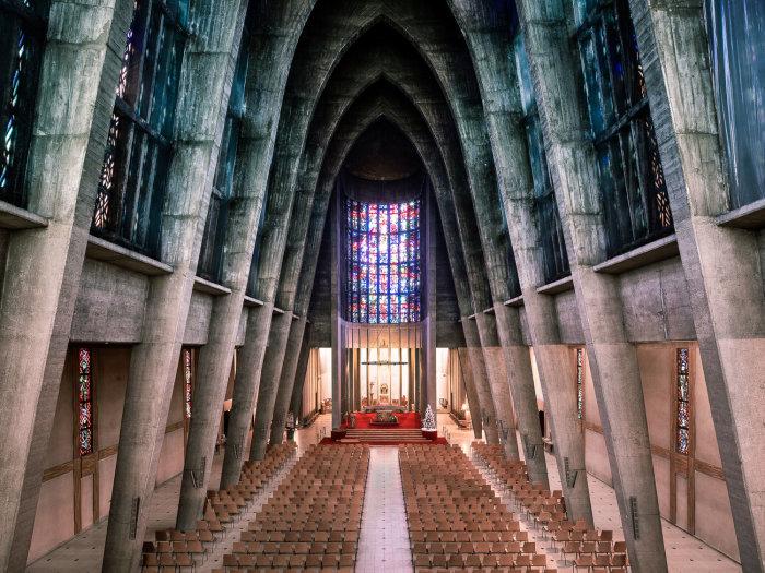 Впечатляющая стилистика Церкви Святой Терезы и Младенца Иисуса в Мец (Metz, Франция). | Фото: ©Thibaud Poirier.