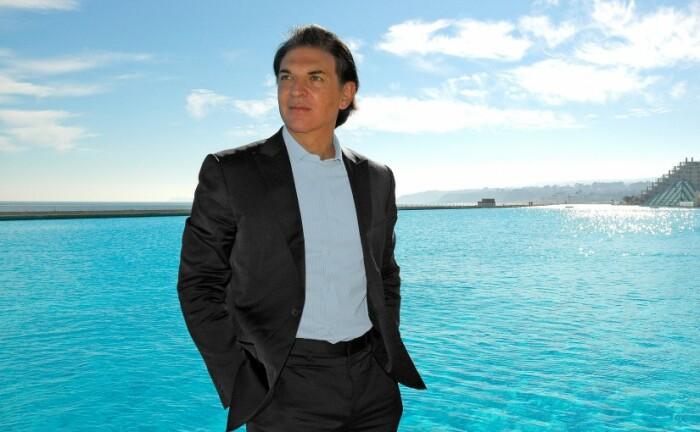Благодаря разработкам Фернандо Фишмана удалось построить самый впечатляющий и огромный бассейн в мире (San Alfonso del Mar, Альгарробо). | Фото: fernandofischmann.com.