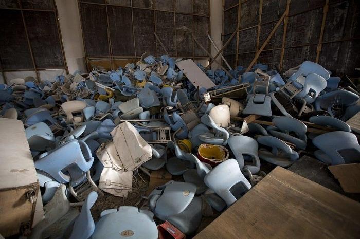 Не прошло и шести месяцев, как все это было разграблено и разрушено (Рио-де-Жанейро).