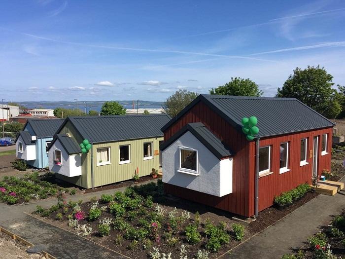 Сеть ресторанов и магазинов Social Bite обеспечила альтернативным жильем бездомных людей (Грантон, Шотландия).