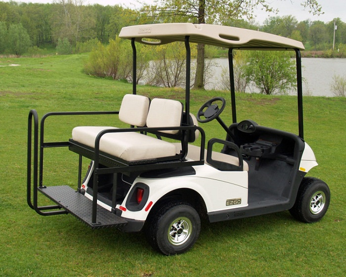 Для передвижения будут использовать гольф-кары.