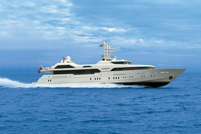 50-метровая яхта Sussurro была приобретена Абрамовичем в 2002 г. за 48 млн дол. | Фото: musthaveforyou.mediasole.ru.