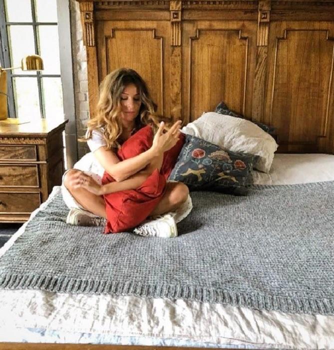Спальная комната Жанны Бадоевой. | Фото: pic-words.com.