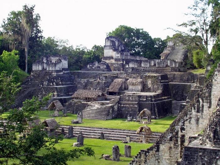 Затерянный город Тикаль был столицей Мутульского царства (Гватемала). | Фото: adcitymag.ru.