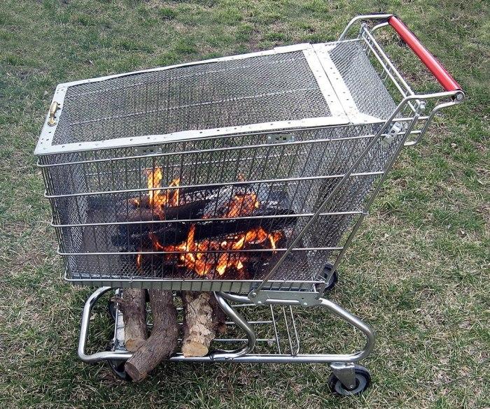 Даже из тележки из супермаркета  можно сделать гриль или мангал. | Фото: novamett.ru.