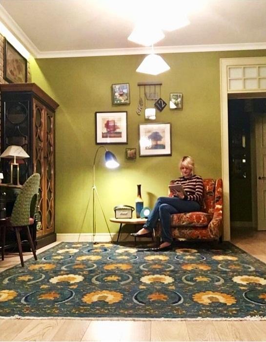 Гостиная в обновленной квартире Юлии Меньшовой.