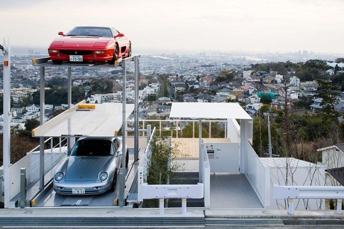 Автомобили – главная страсть миллиардера Мукеша Амбани.