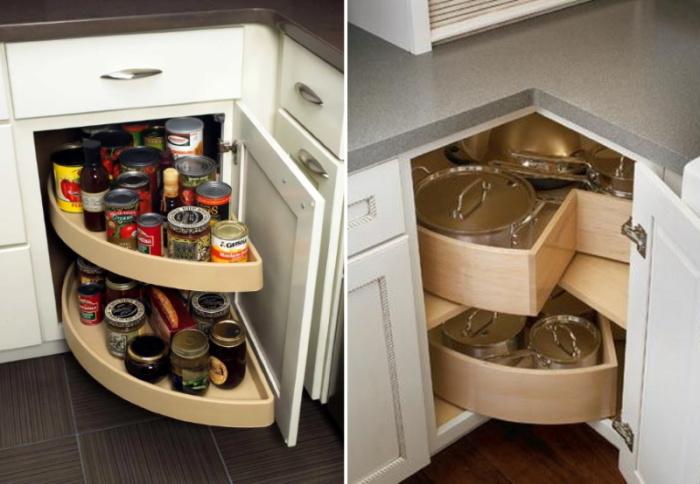 Выдвижные системы – разумное решение в обустройстве кухонных гарнитуров. | Фото: aqua-rmnt.com.