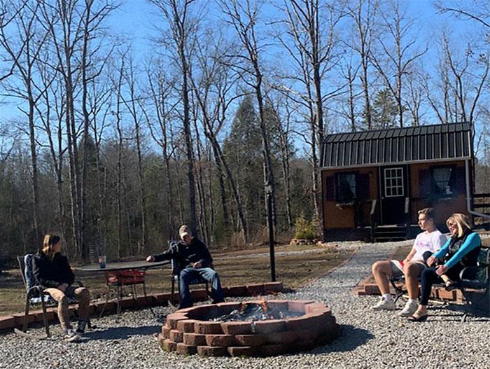 Теперь вся семья может работать и проводить свободное время на свежем воздухе. | Фото: desejoluxo.ig.com.br.