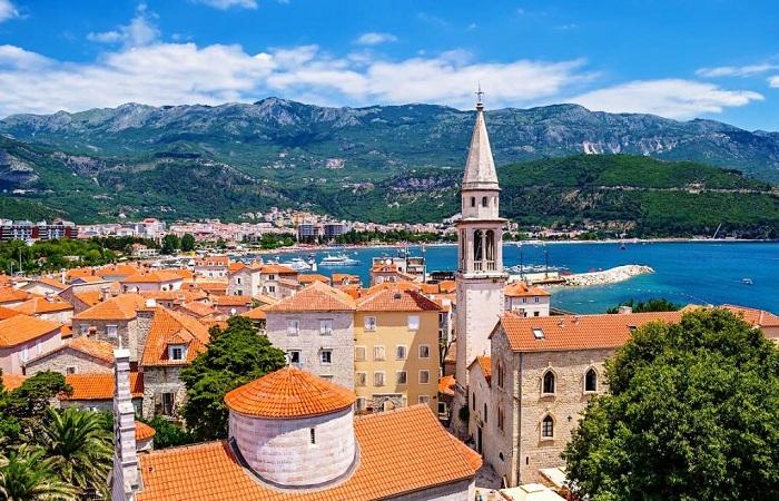 Самый красивый город Черногории (Будва).