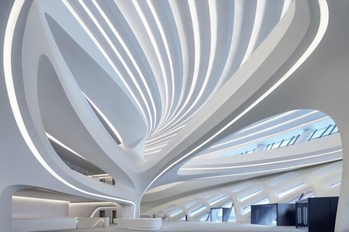 Многофункциональный малый зал арт-комплекса «Мэйсиху» вмещает 500 человек (Чанши, Китай). | Фото: architectsagainsthomelessness.com /© Virgile Simon Bertrand.