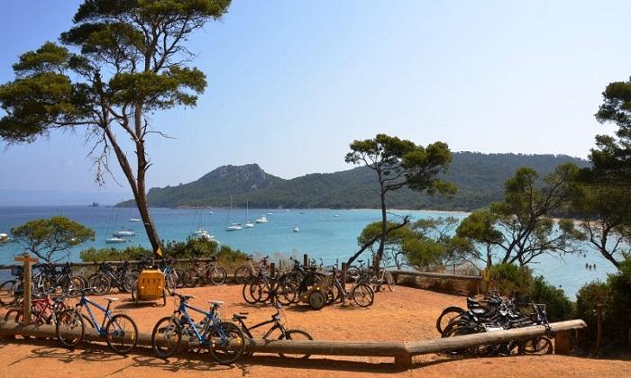 Райский Остров Поркерольи (Франция).