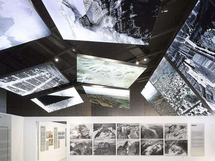 В Швейцарском Национальном музее на постоянной основе действует экспозиция, посвященная творчеству Вальтера Миттельхольцера. | Фото: cockpit.aero/ ©Schweizerisches Nationalmuseum.