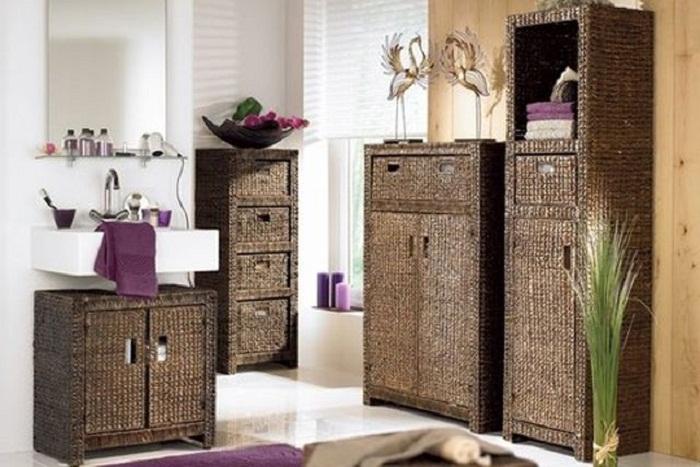 Громоздкую мебель можно заменить более компактной.